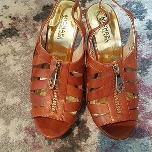 MICHAEL KORS Cognac colored sandals